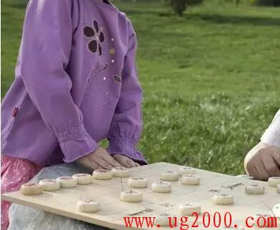 学象棋对孩子有什么好处?