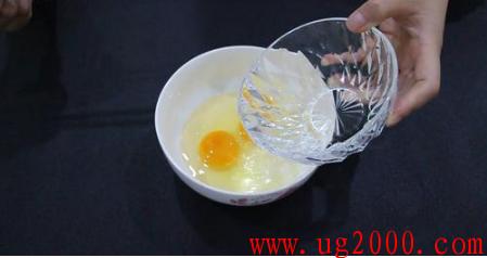 吃了20年水蒸蛋才知道,学会这个窍门,做出的水蒸蛋香嫩又爽口